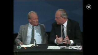 Helmut Kohl und Willy Brandt in Fernsehdebatte