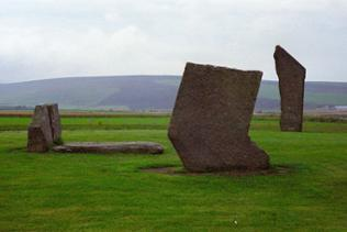 "die ""Standing Stones of Stenness""."