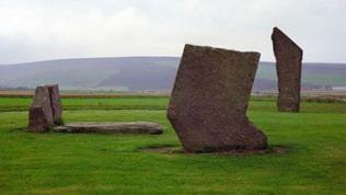 "die ""Standing Stones of Stenness""."