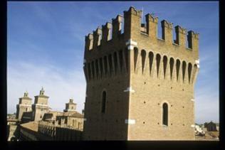 Turm des Castello Estense