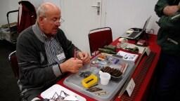 Spur 1 Kreativ: Horst Riedel zeigt einen Gleisstrang in selbstbauweise Holzschwellen, alle handgefertigt