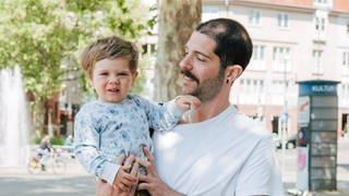 Papa mit Kind (Foto: SWR)