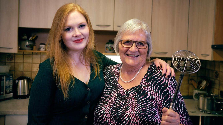 Enkelin Anja und ihre Oma Christiane (Foto: SWR)