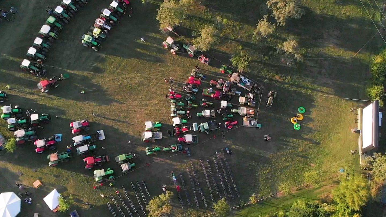 Hol' den Traktor, wir gehen ins Kino! (Foto: SWR)