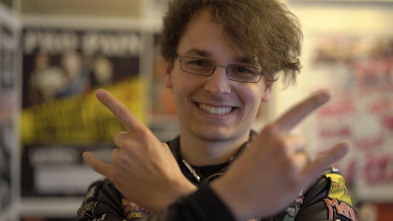 Matthias veranstaltet das No-Playback-Festival