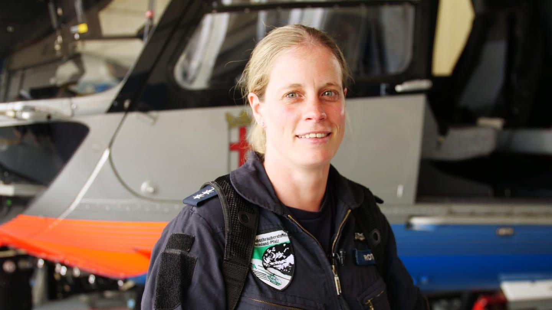 Sarah Roth die einzige Pilotin der Hubschrauberstaffel der Polizei in Rheinland-Pfalz (Foto: SWR)