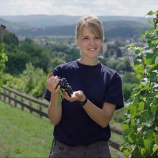 Stephanie Johaentges ist auf dem Winzerhof Löwener Mühle in Igel an der Mosel aufgewachsen (Foto: SWR)