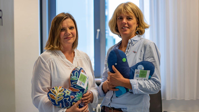 Ehrenamtliche nähen Herzkissen für an Brustkrebs erkrankte Frauen am Klinikum Ludwigshafen (Foto: SWR)