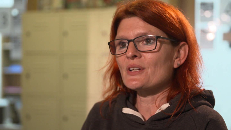Simone Jurijiw ist ehrenamtliche Helferin und Leiterin im Tierheim Frankenthal (Foto: SWR)