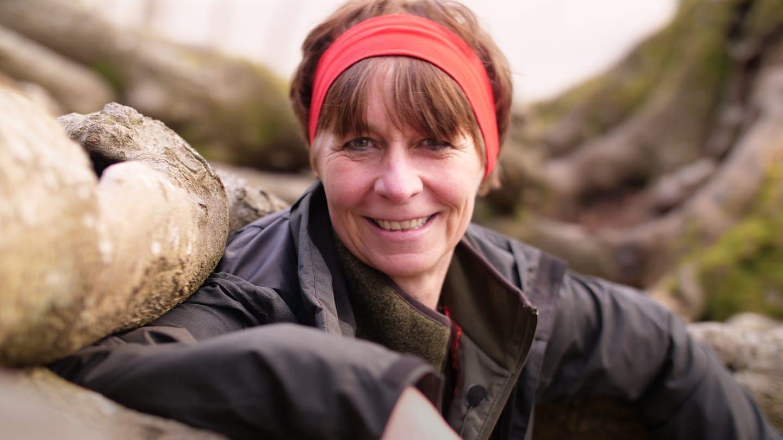 Die Natur- und Wildnispädagogin Ina Schmitt geht gerne Waldbaden. (Foto: SWR)