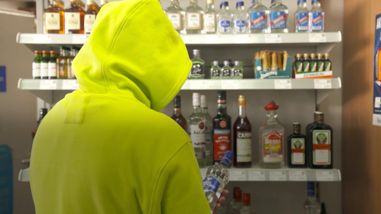 Ex-Alkoholiker Dieter bekam mit seiner Sucht Hilfe bei den Anonymen Alkoholikern (Foto: SWR)