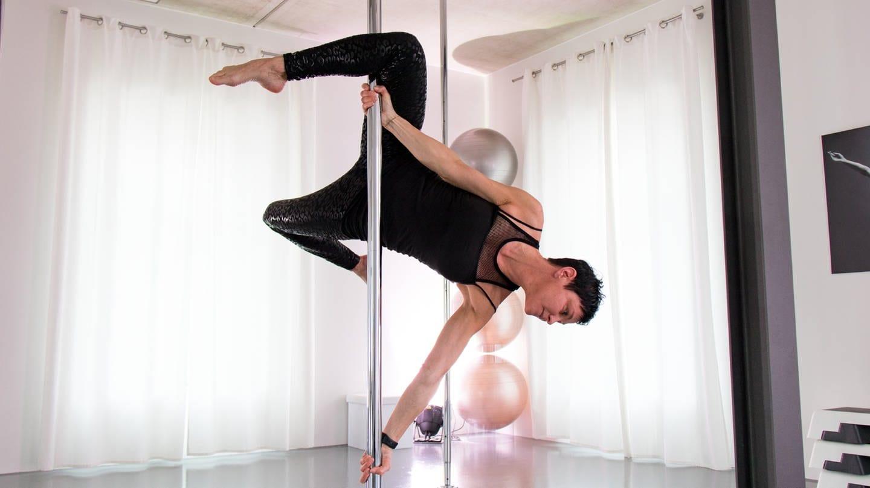 Poledance-Trainerin Karina aus Landau (Foto: SWR)