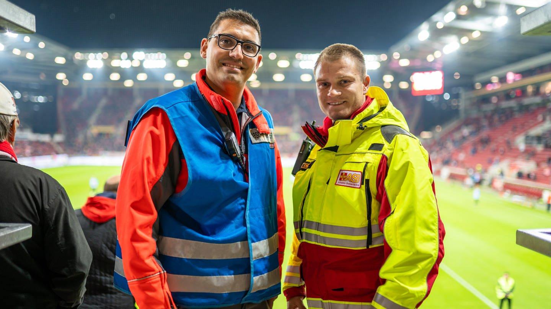 Sanitäter bei Mainz 05 (Foto: SWR)