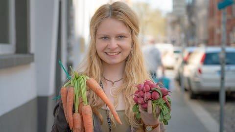 Foodsaverin Natalie Nonnsengiesser (Foto: SWR)