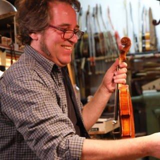 Geigenbaumeister Christoph Sticht (Foto: SWR)