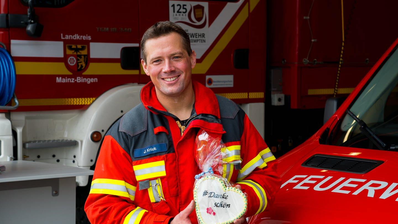 Jörg Krick von der Feuerwehr Bingen-Kempten (Foto: SWR)
