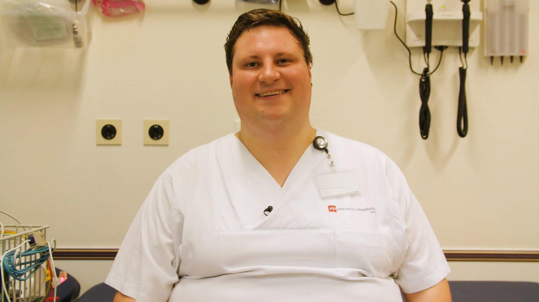 Max Haase ist Kinderkrankenpfleger an der Uniklinik in Mainz (Foto: SWR)