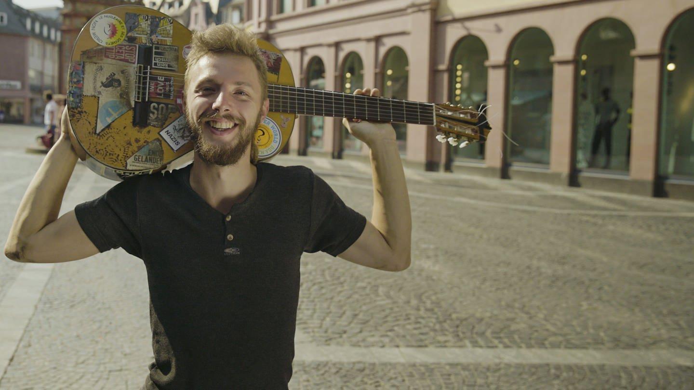Straßenmusiker Jacob (Foto: SWR)