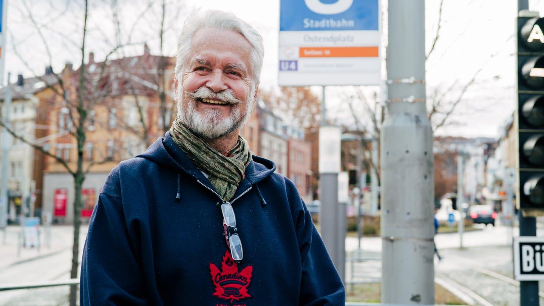 Rentner Ulrich am Ostendplatz in Stuttgart (Foto: SWR)