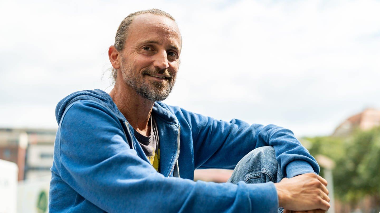 Axel aus Stuttgart liebt Schallplatten und hat sein Hobby zum Beruf gemacht (Foto: SWR)