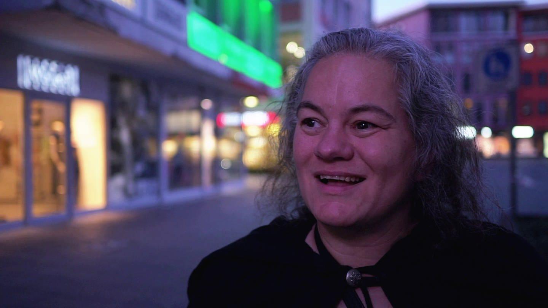 Anette gibt heute Geisterführungen in Stuttgart (Foto: SWR)