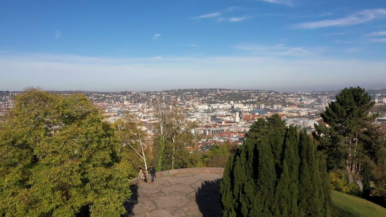 Blick vom Weißenburgpark über Stuttgart (Foto: SWR)