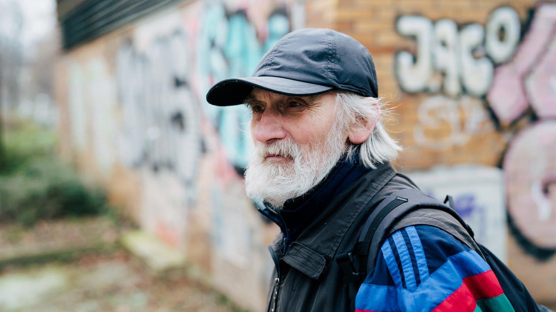 Adolf ist Rentner und wohnt in Stuttgart (Foto: SWR, Verena Ecker)