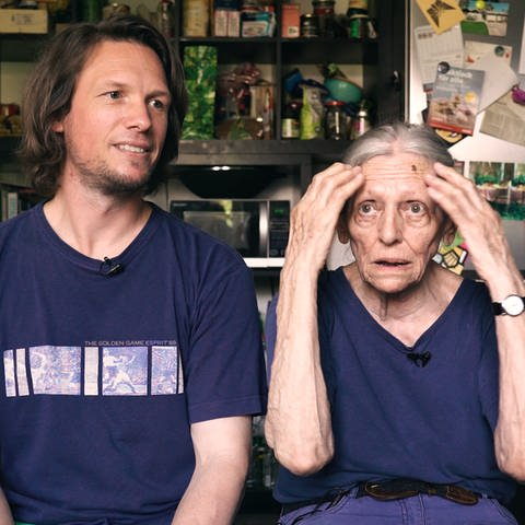 Doris und Thomas diskutieren miteinander (Foto: SWR)