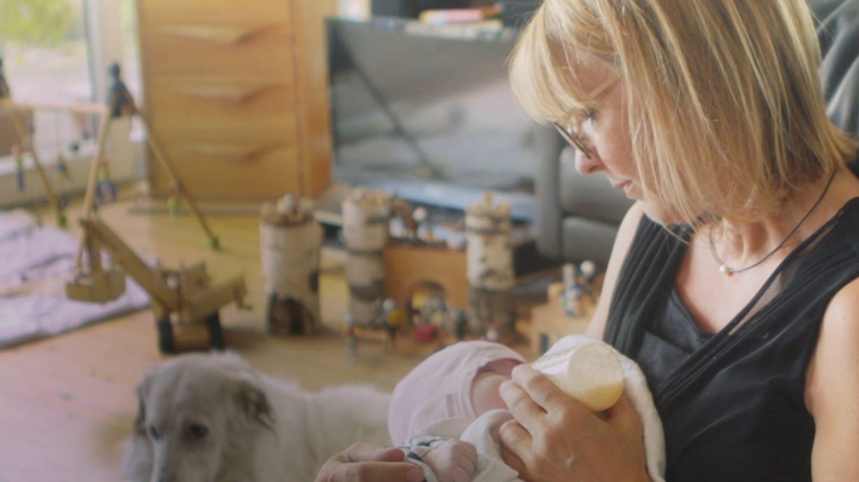 Pflegemutter Ruth aus Stuttgart (Foto: SWR)
