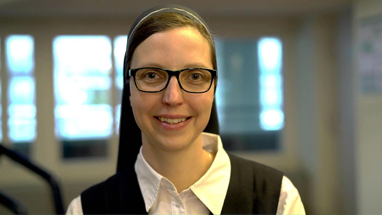 Schwester Hanna änderte im Alter von 23 Jahren ihr Leben radikal (Foto: SWR)
