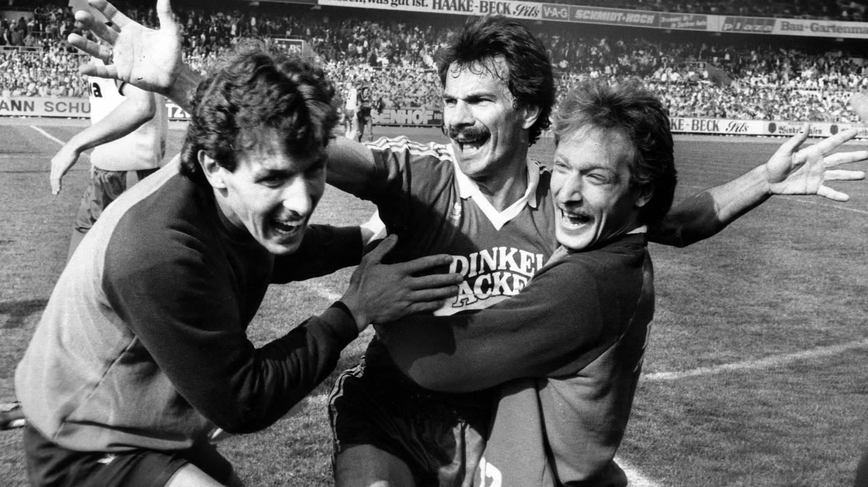 Der VfB Stuttgart wird 1984 in Bremen Deutscher Meister (Foto: Imago, Imago)