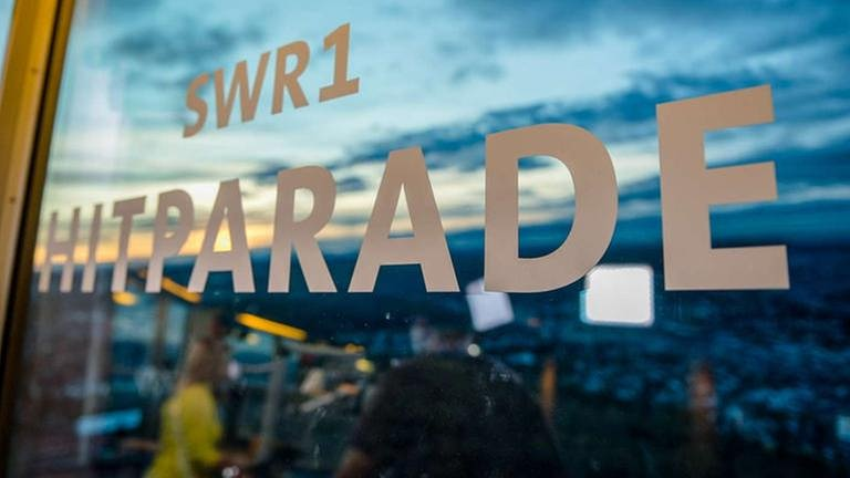 SWR1 Hitparade live vom Fernsehturm (Foto: SWR, SWR1 - Foto: Jochen Enderlin)