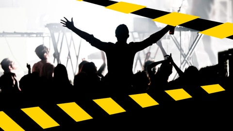 Außer Betrieb: Konzertszene mit Absperrbändern davor (Foto: SWR)