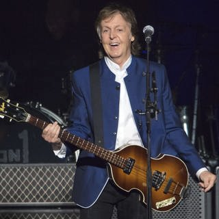 Paul McCartney auf der Bühne in Tampa (Foto: picture-alliance / Reportdienste, Scott Audette)