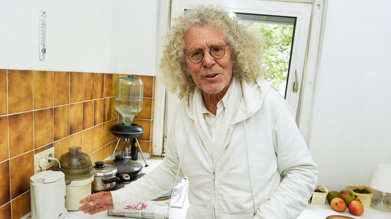Interview zum 80. Geburtstag mit Rainer Langhans in seiner Wohnung in Schwabing am 015.06.2020 (Foto: imago images / Zeppo)