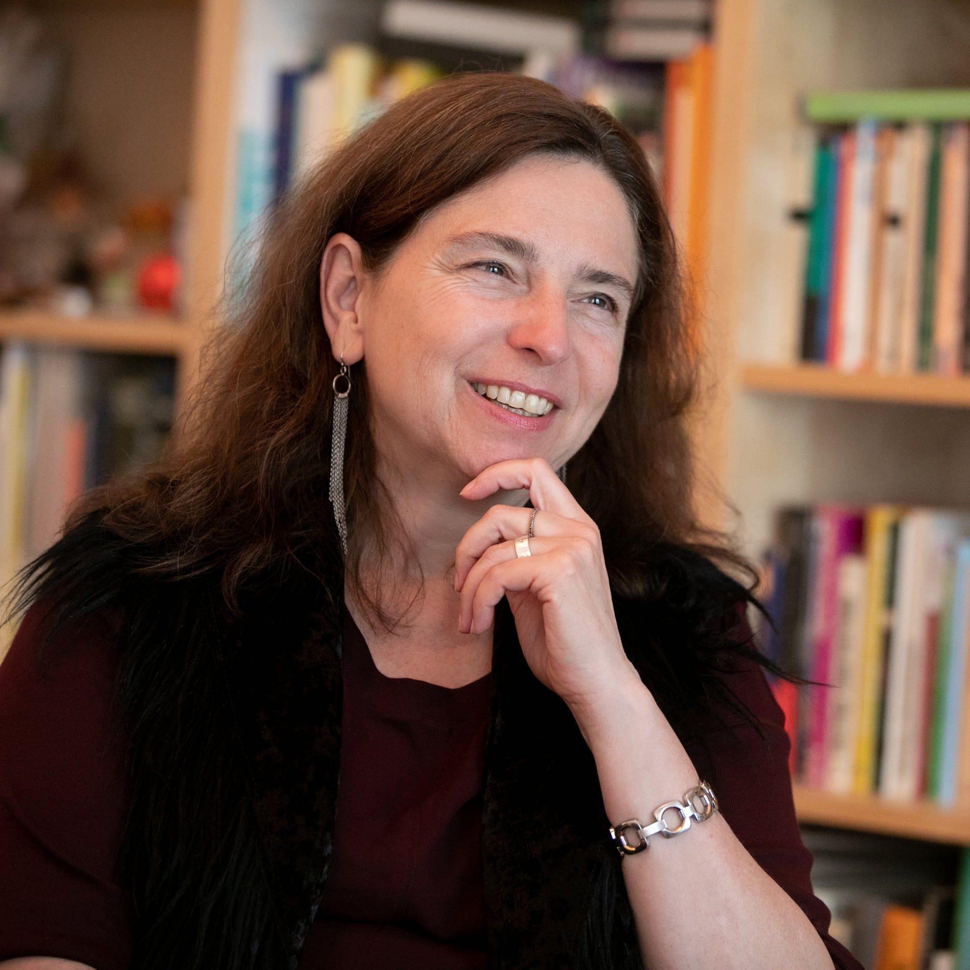 Dr. Brigitte Holzinger   Psychotherapeutin   Entwickelte Methode, Albträume zu bewältigen   SWR1 Leute