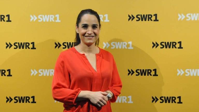 Yael Adler, Dermatologin und Autorin von Sachbüchern zu Gast bei SWR1 Leute mit Nicole Köster (Foto: SWR, SWR1 - Foto: Cedric Franke)