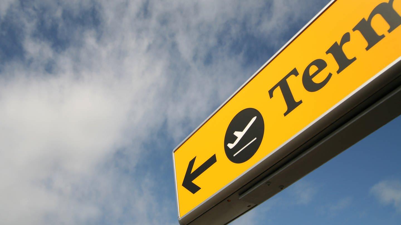 Heben Flügzeuge bald nur noch eingeschränkt am Flughafen ab? (Foto: Colourbox)