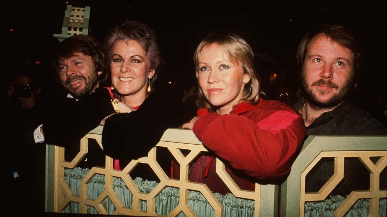 Die schwedische Kult-Band ABBA (Benny Andersson, Anni-Frid Lyngstad, Agnetha Faltskog und Bjorn Ulvaeus) in einem Hotel in London. (Foto: picture-alliance / Reportdienste, picture alliance / empics   PA)