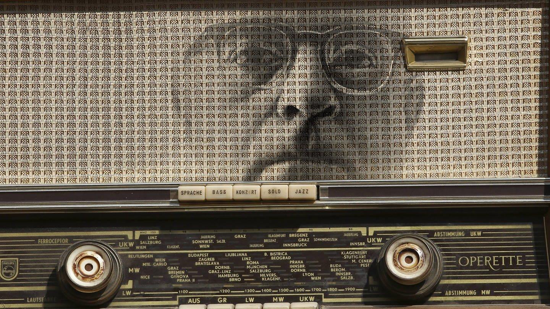 Collage Th. W. Adorno und altes Röhrenradio, Für Essay Radio Adorno