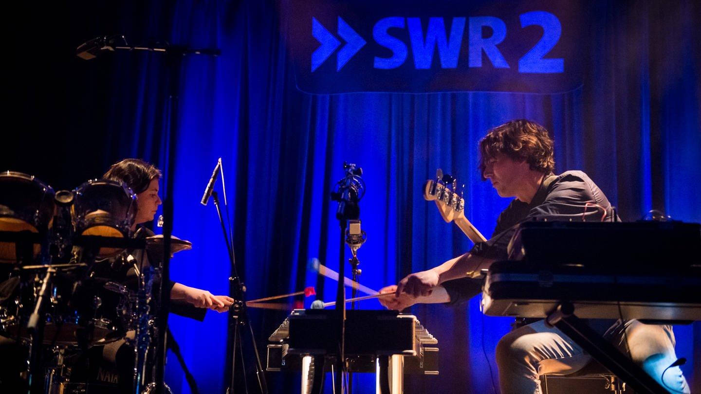 Tomaga beim Auftritt im E-Werk Freiburg 2020 (Foto: SWR, Marc Doradzillo)