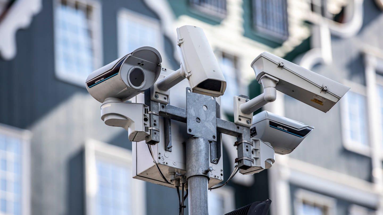 Videoüberwachung Kameras (Foto: Imago, Jochen Tack)