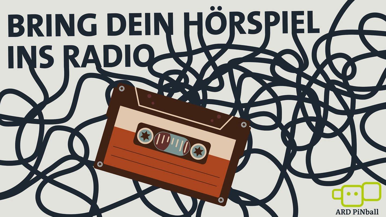 Bring Dein Hörspiel ins Radio Schriftzug und Kompaktcassette mit Bandsalat (Foto: SWR, WDR)