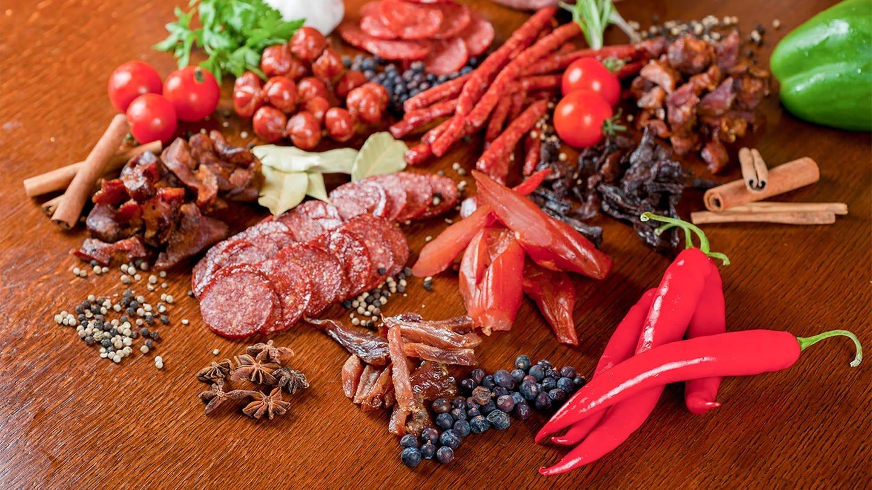 scharfes Essen und Gewürze (Foto: Colourbox, Ruslan Olinchuk)