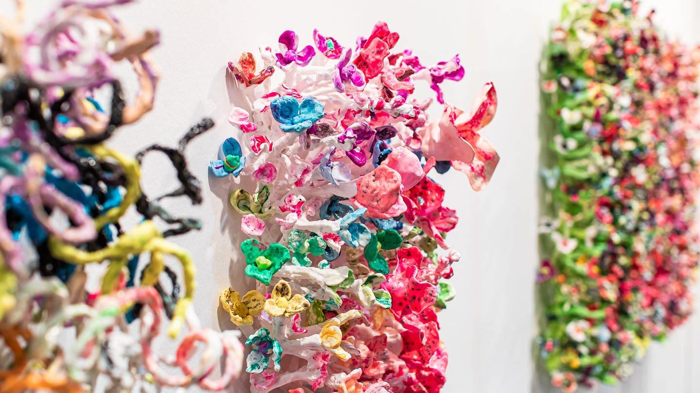 """Impressionen von der art KARLSRUHE 2020: Galerie """"Chiefs & Spirits"""", Den Haag / NL (Foto: SWR, Foto: Paul Gärtner)"""