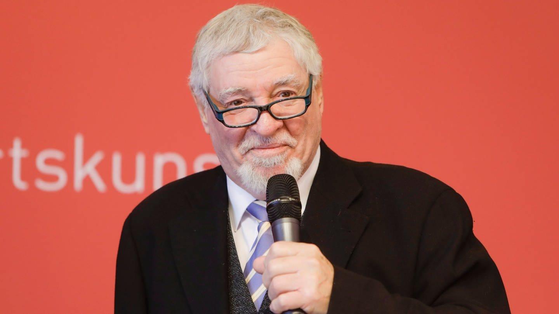 Ewald Schrade, Kurator der art KARLSRUHE (Foto: Messe Karlsruhe, Foto: Kurt Rösner)