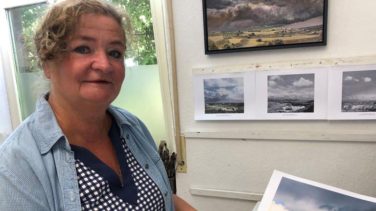 Wolken über Rheinhessen – Die Malerin Heike Negenborn aus Windesheim