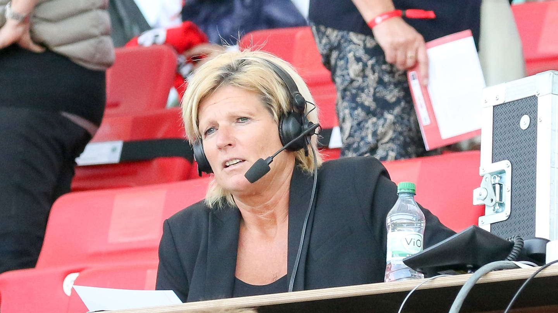 Claudia Neumann, Fußballkommentatorin (Foto: Imago, Markus Endberg)