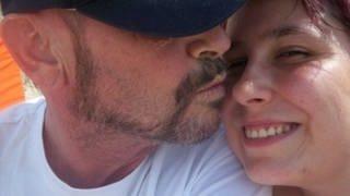 Stefanie Kißling und ihr Mann Walter Denger 2010, bevor er schwer erkrankte und zum Pflegefall wurde (Foto: Stefanie Kißling/Privat)