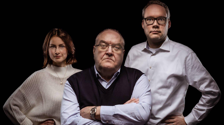Viktoria Merkulova, Thomas Fischer und Holger Schmidt im Podcast